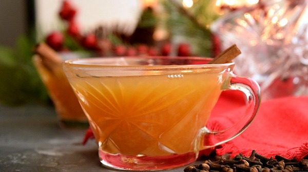 glass of Crockpot Christmas Wassail