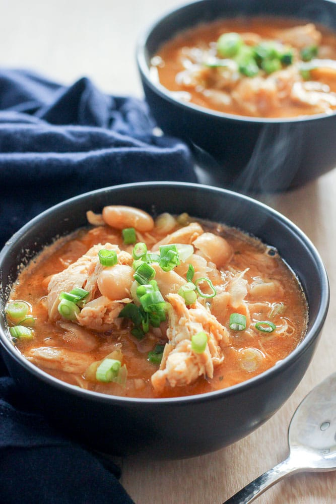 Healthy Buffalo Chicken Chili with White Beans