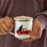 Homemade Skinny Gingerbread Tea Latte