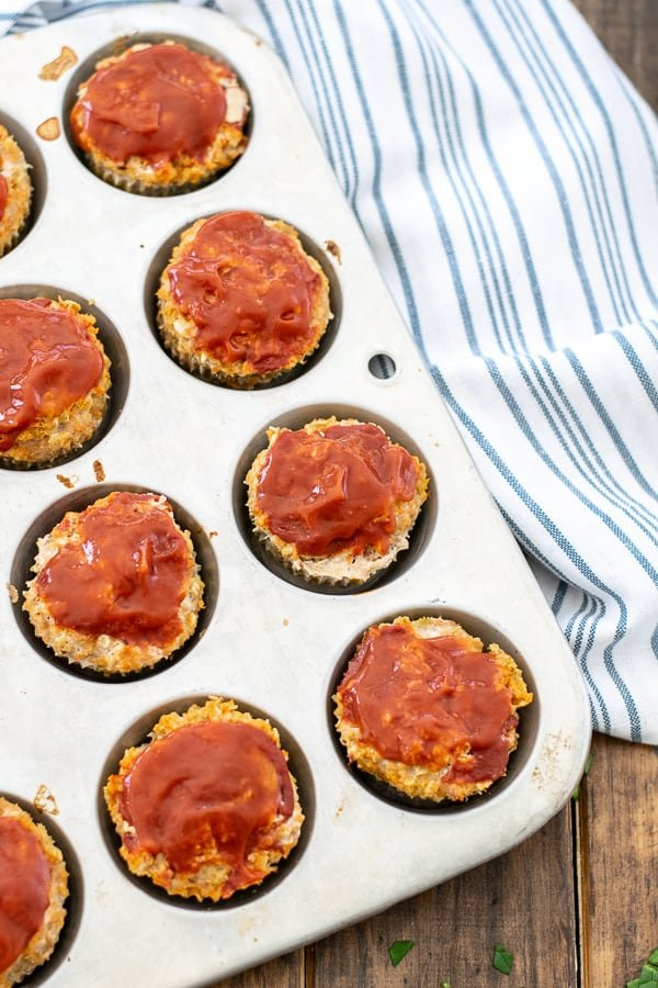 turkey veggie meatloaves in a muffin tin