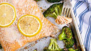 One Pan Baked Salmon & Broccoli Dinner