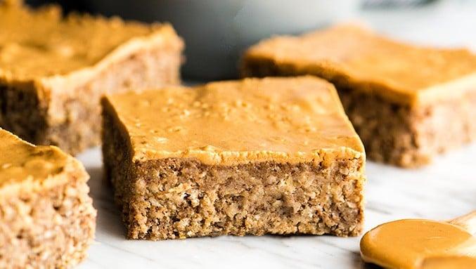 Healthy Breakfast Bars Recipe (Gluten-Free & Vegan)