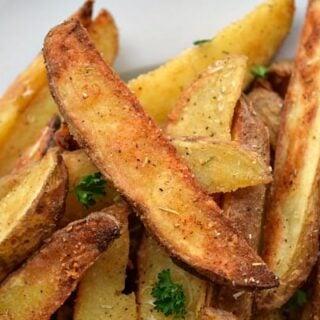 Parmesan Rosemary Baked Potato Wedges