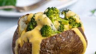 Easy Broccoli and Cheese Baked Potatoes