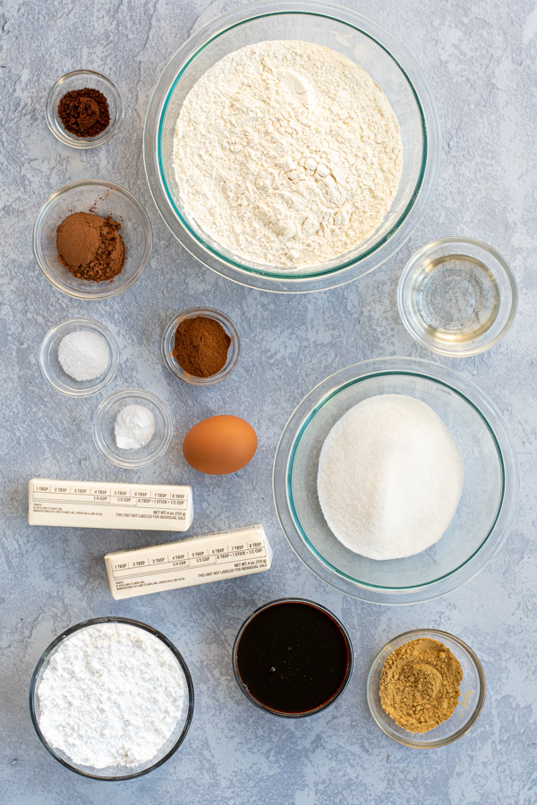 Ingredients need to make soft glazed gingerbread cookies.